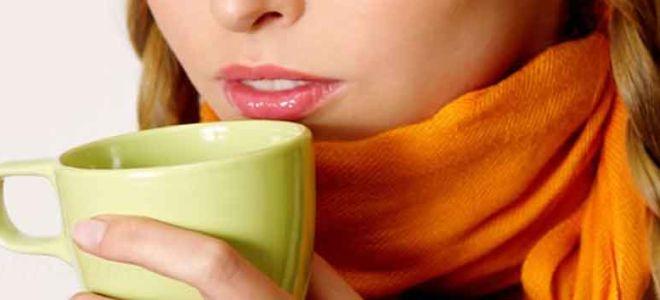 Молоко с медом от боли в горле