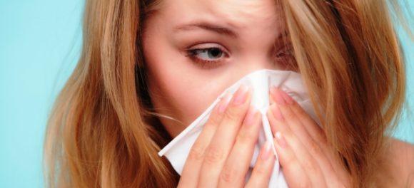 Лечим насморк медом: простые рецепты от неприятной болезни